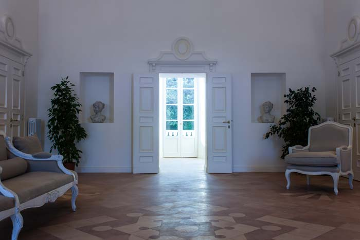 Villa entrance Le Marche Italy