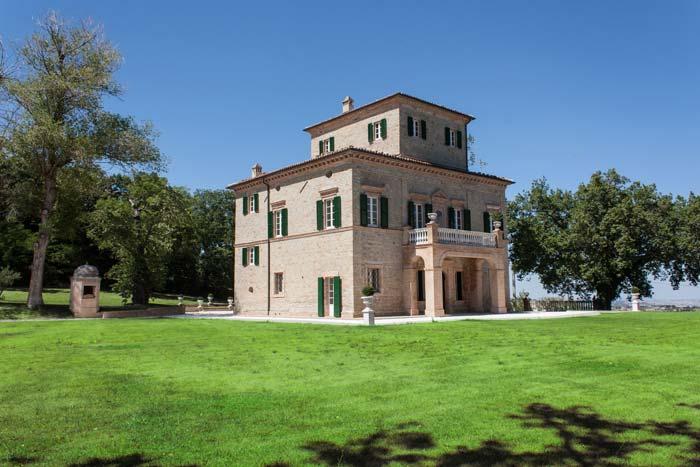 Classic villa in Le Marche Italy