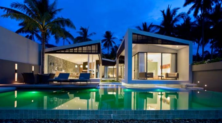 Irreplaceably modern at the ultimate beachfront address